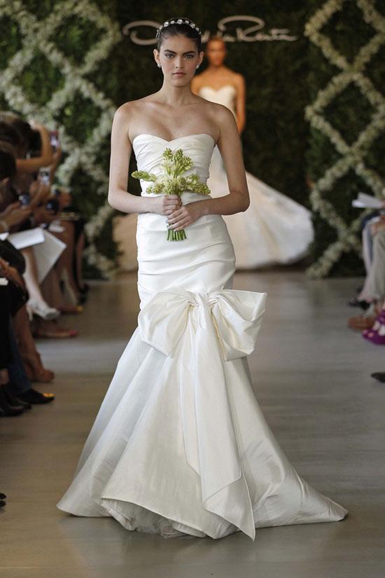 Năm 2013, cô dâu mặc gì? - 7