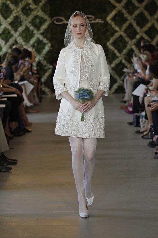 Năm 2013, cô dâu mặc gì? - 8