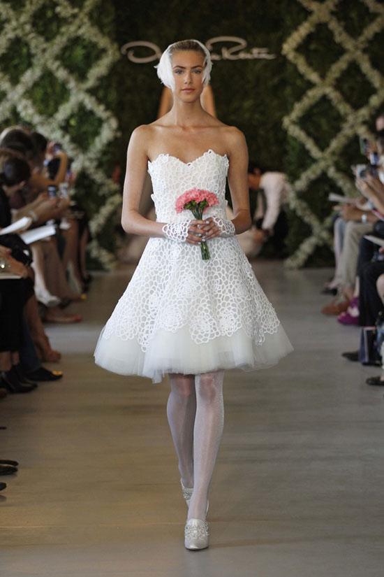Năm 2013, cô dâu mặc gì? - 22