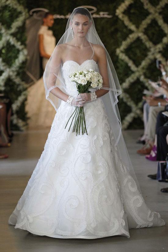 Năm 2013, cô dâu mặc gì? - 26