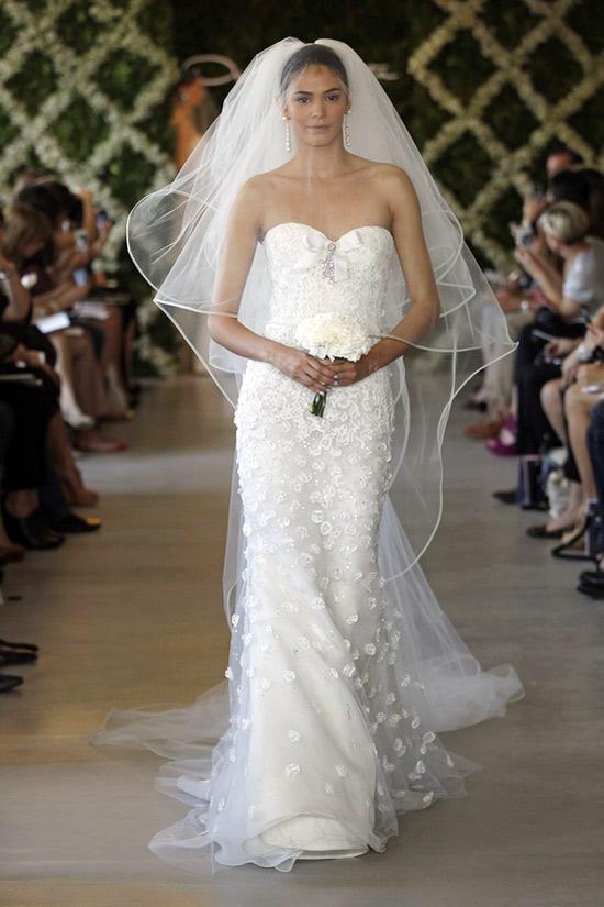 Năm 2013, cô dâu mặc gì? - 31