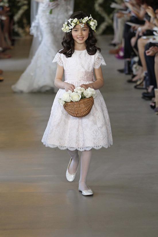 Năm 2013, cô dâu mặc gì? - 35