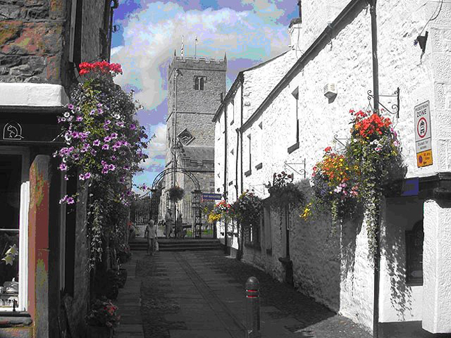 Kirkby Lonsdale là một thị trấn nhỏ ở South Lakeland, Cumbria, nước Anh.