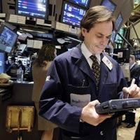 """Cổ phiếu Microsoft """"nâng đỡ"""" Dow Jones"""