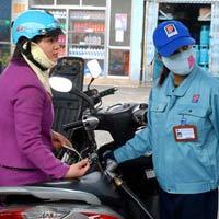 Cước vận tải lao theo giá xăng dầu
