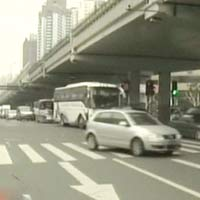 Trung Quốc phát triển xe điện ở thành phố lớn
