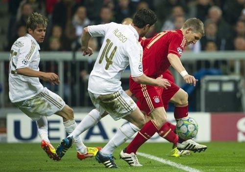 Real: Xong Barca, giờ là Bayern! - 2