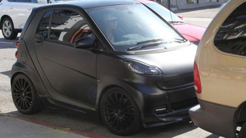 Justin Bieber chán 'xế khủng' đi xe rẻ tiền - 1