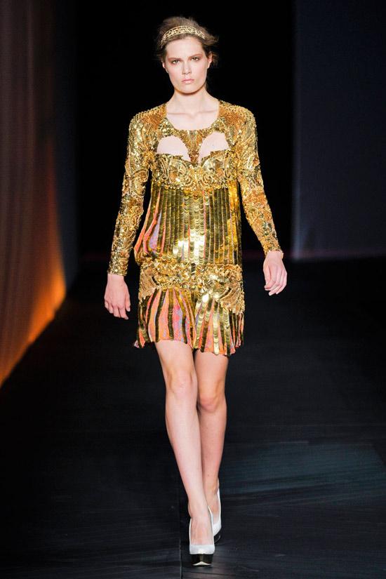 Ánh kim vàng làm chủ xu hướng năm 2012 - 2