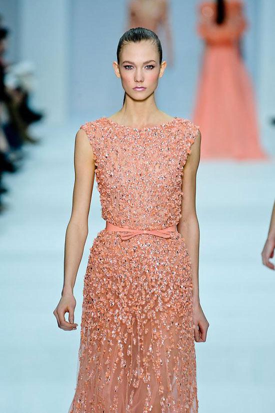 Váy Hồ Ngọc Hà đụng kiểu dáng Elie Saab - 7
