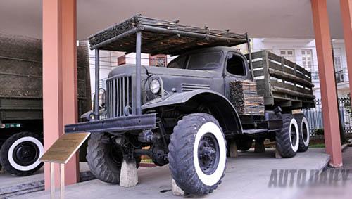 """Ngắm dàn xe """"siêu độc"""" của quân đội Việt Nam - 9"""