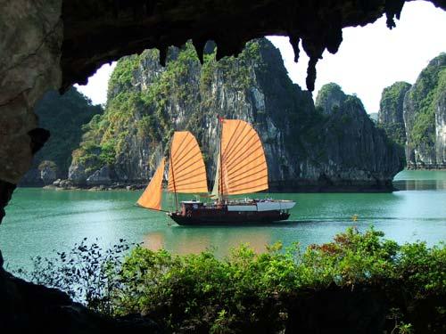 Loay hoay tìm nơi đặt biểu tượng Vịnh Hạ Long - 1