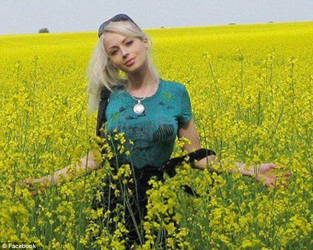 Người đẹp nước Nga giống hệt búp bê - 2