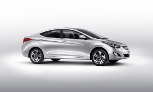 Hyundai Elentra:Trẻ trung, năng động - 2
