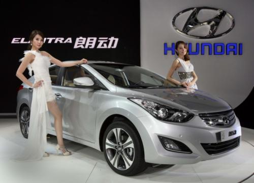 Hyundai Elentra:Trẻ trung, năng động - 3