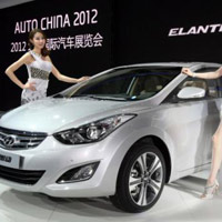 Hyundai Elentra:Tr trung, nng ng
