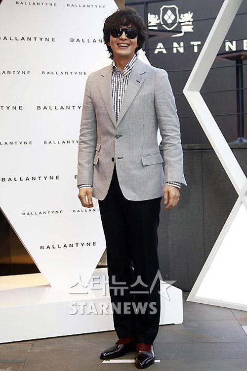 Bae Yong Joon xuất hiện cùng Kim Hye Soo - 5