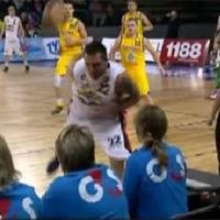 Video thể thao: Thế khó ló đẳng cấp