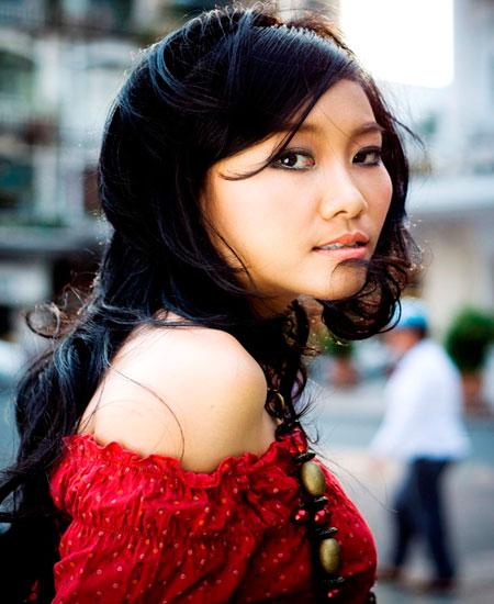 Đoan Trang khó lấy chồng vì... cha - 1