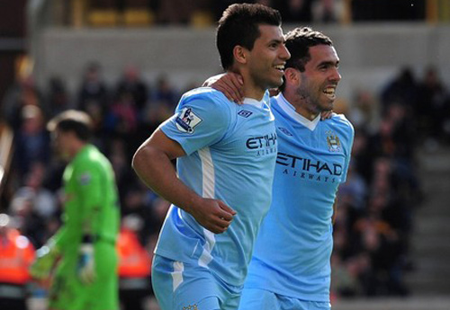 Derby Manchester: Ai ở cửa trên? - 2
