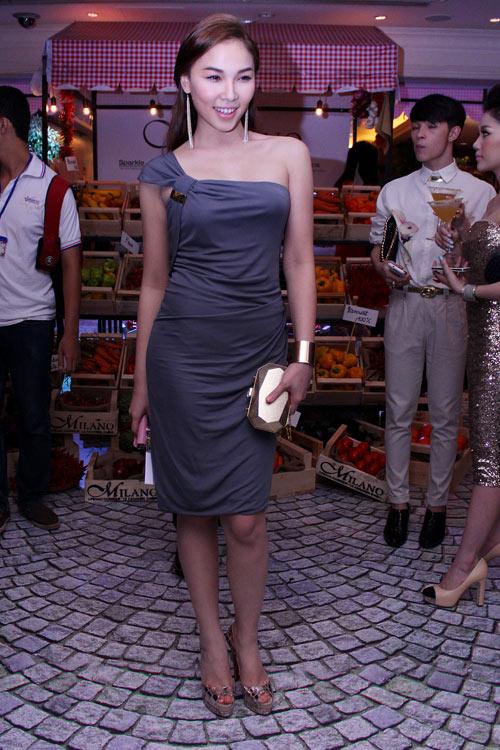 Mai Phương Thúy sexy váy hiệu trăm triệu - 14