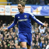 """Torres: """"Sát thủ"""" hiện nguyên hình"""