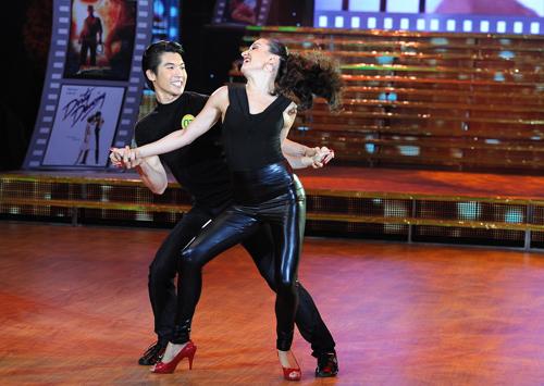 Bước nhảy 6: Đêm thăng hoa và sexy - 12