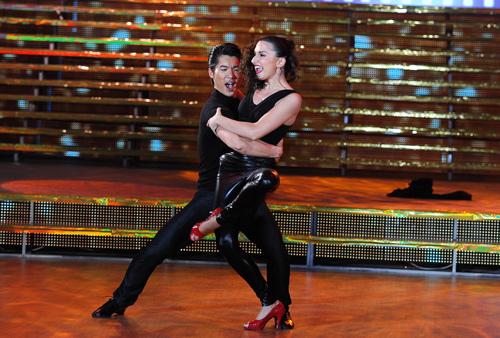 Bước nhảy 6: Đêm thăng hoa và sexy - 13