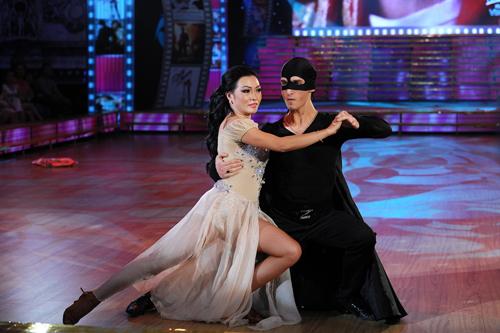 Bước nhảy 6: Đêm thăng hoa và sexy - 14