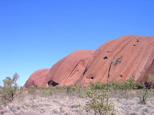 Uluru, ngọn núi bất phàm - 1