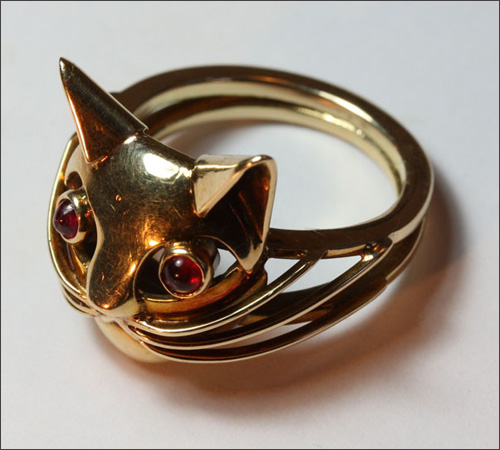 Nhẫn cũng đáng yêu như... mèo - 1