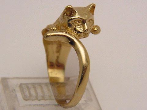 Nhẫn cũng đáng yêu như... mèo - 19