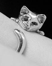 Nhẫn cũng đáng yêu như... mèo - 35