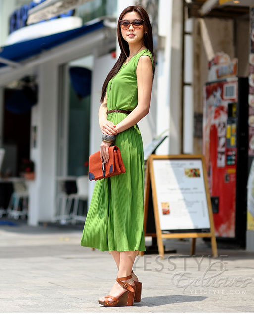 Mặc váy maxi mát dịu mùa hè - 3