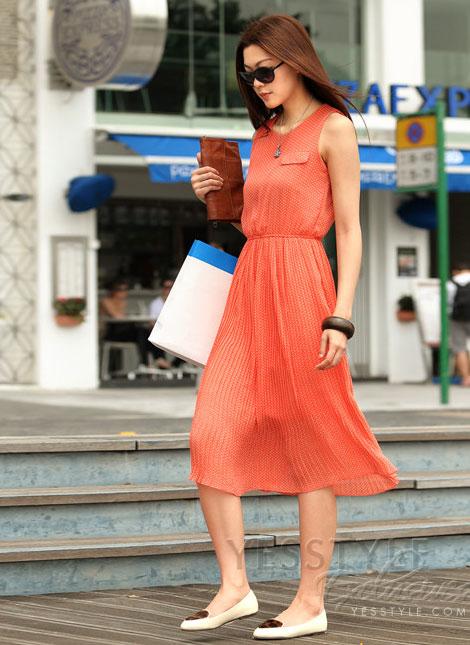 Mặc váy maxi mát dịu mùa hè - 8