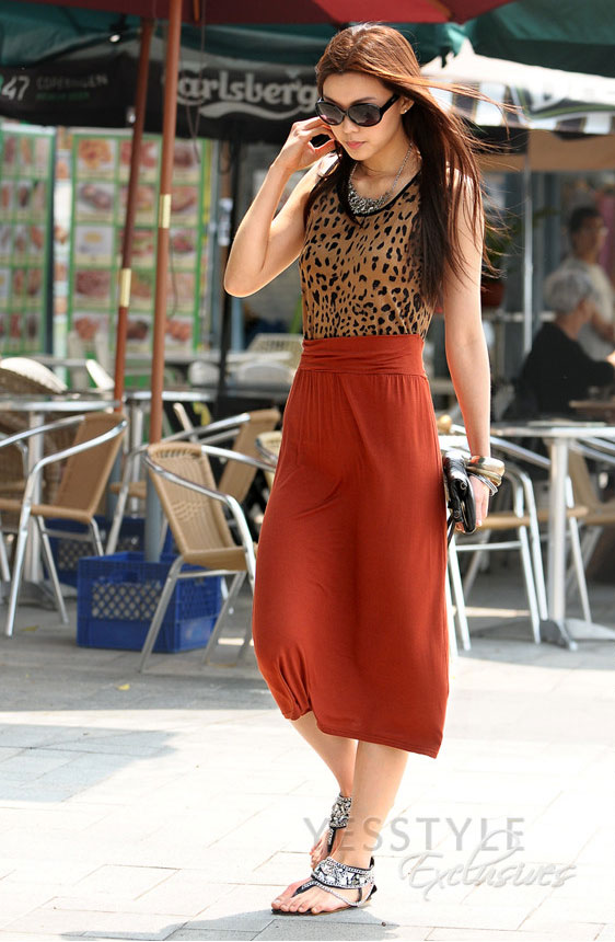 Mặc váy maxi mát dịu mùa hè - 12