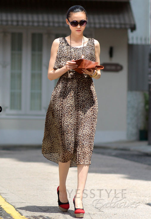 Mặc váy maxi mát dịu mùa hè - 13