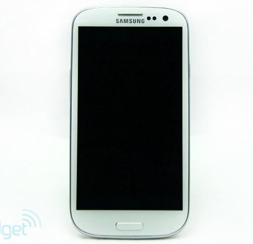 """Khám phá tính năng """"khủng"""" trên Galaxy S3 - 1"""