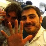 """Video: Casillas ăn mừng siêu  """" dị """""""