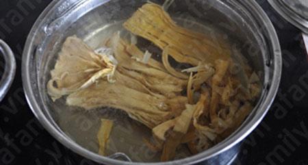 Bún gà nấu măng hấp dẫn - 2