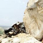 Tin tức trong ngày - Đá lăn do phá núi mở đường?