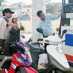 Tin tức trong ngày - Giá xăng dầu sắp giảm mạnh?