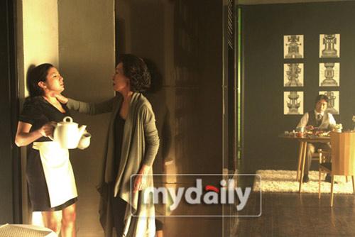 """Phim 19+ xứ Hàn tung """"hàng"""" hot - 3"""
