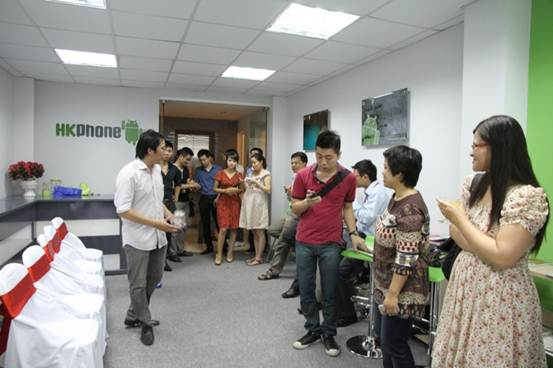 Khai trương trụ sở mới – HKPhone chuyển mình mạnh mẽ - 7