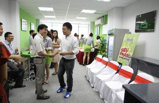 Khai trương trụ sở mới – HKPhone chuyển mình mạnh mẽ - 8
