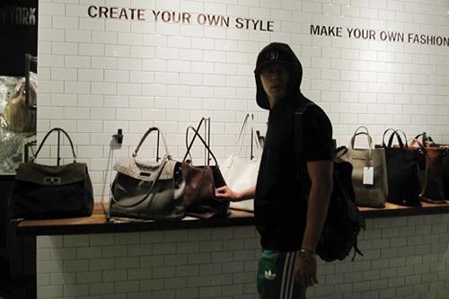 Sốt vì ảnh quá khứ của Lee Min Ho - 10