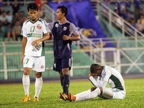Thua đậm CLB Arema, Navibank SG bị loại khỏi AFC Cup 2012 - 1