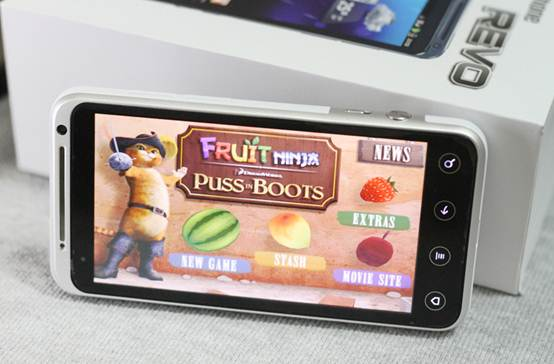 Smartphone khuyến mãi khủng nhất tháng 5 - 2