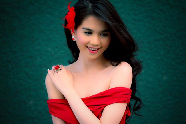 Hoa hậu Việt nói gì về tình, tiền? - 5