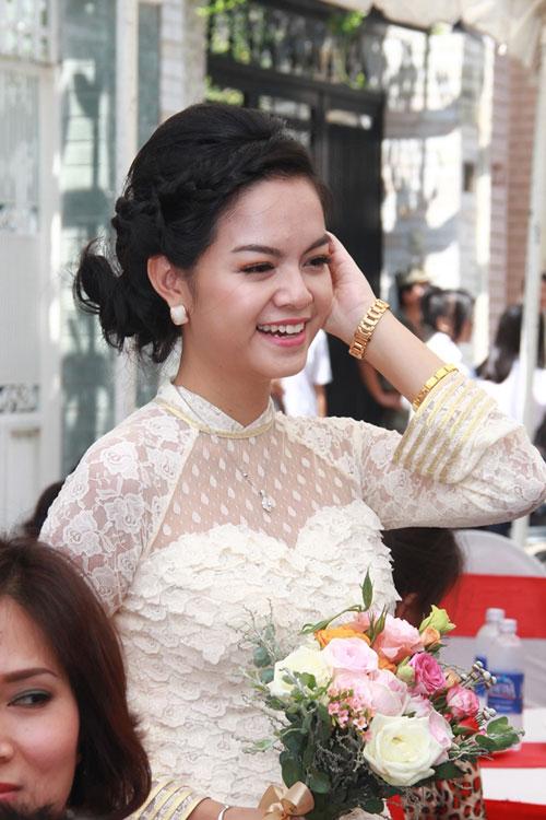 Phạm Quỳnh Anh e ấp làm cô dâu - 6